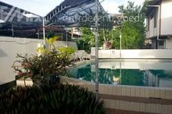 Woning met zwembad te huur